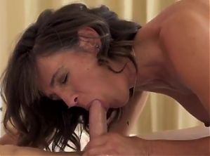 Hot Brunette Mom Fucked by Young Boy