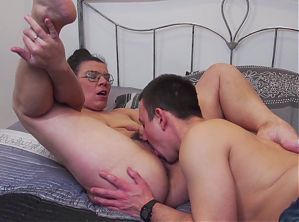 Taboo home sex with mature moms and sons