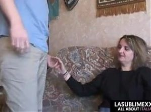 Florence, a sexy hairy French mature fucked by young guy