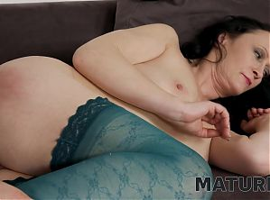 MATURE4K. Charmer can't see stepson upset and helps
