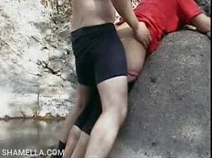 Desi indian young couple outdoor fuck