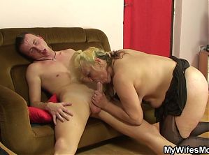 Taboo sex with her old blonde mom and boyfriend