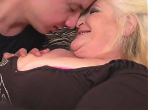 granny gets cuni and sex from hungry boy step mom snapchat