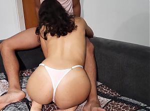 Pregnant milf fucks her sisters boyfriend – Amateur Creampie