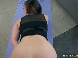 Kendra Lust, Personal Trainers
